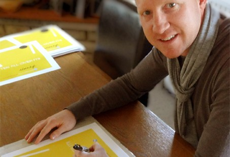 Our exclusive Limited Edition print being signed by the Watford legend.